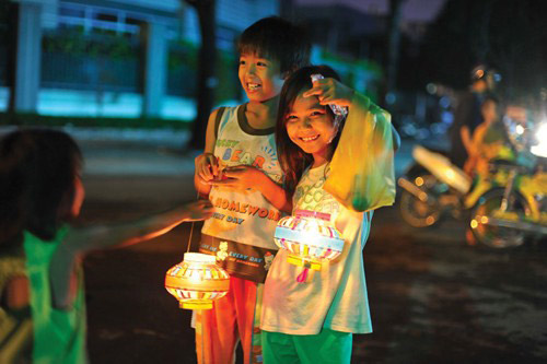 LEGEND OF MID-AUTUMN FESTIVAL IN VIETNAM