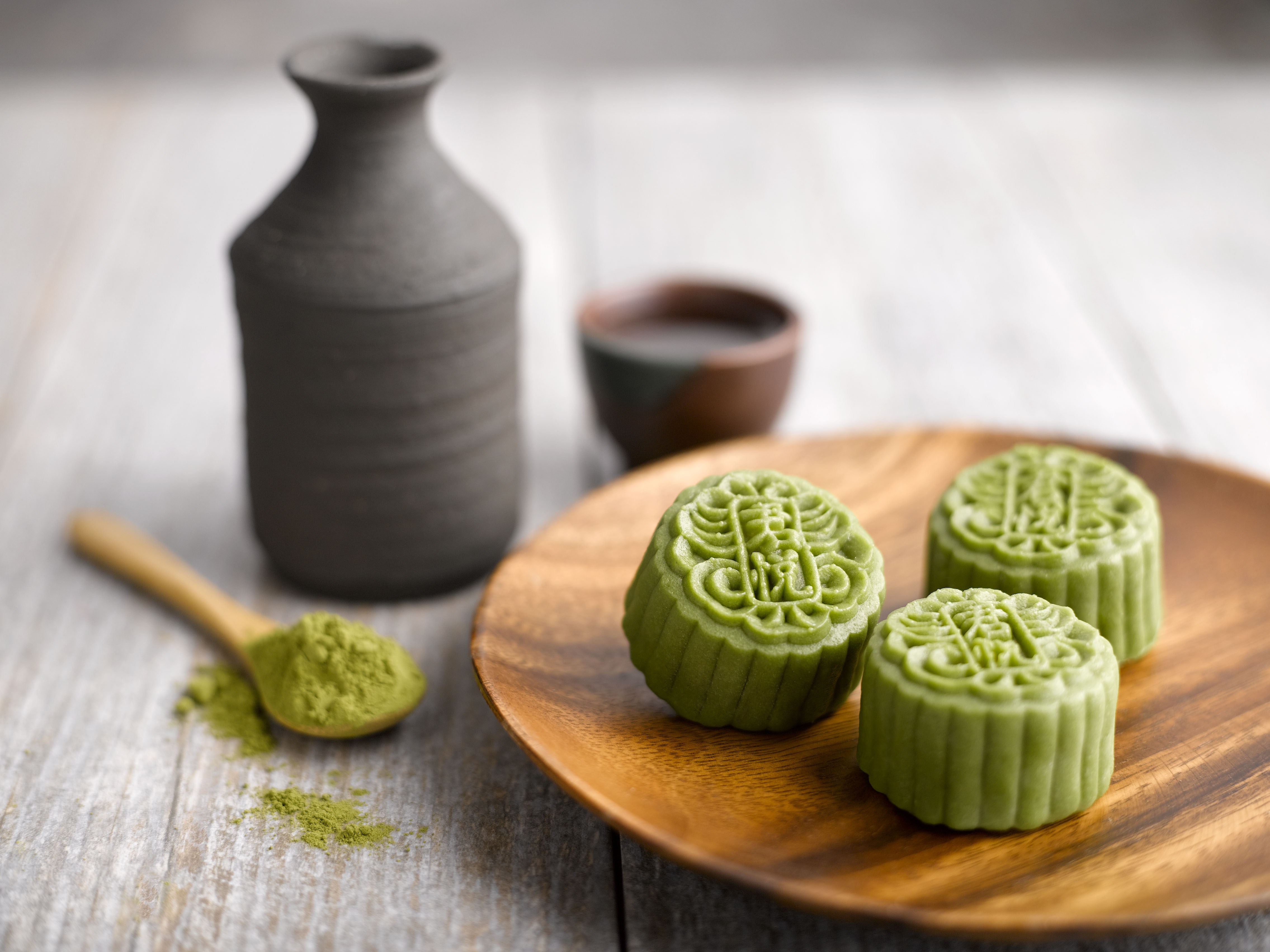 Saigon Mid Autumn Fest Be Completed With Moon Cakes